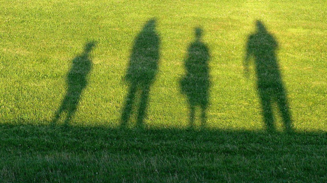 La dipendenza genitori-figli